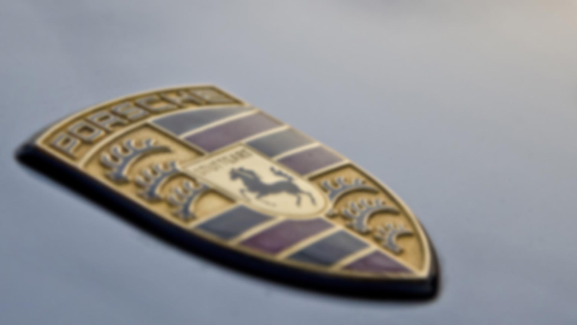 Porsche-911-SBD-blur